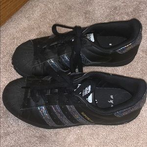 adidas Shoes - Kid adidas Superstar J Black/Black/Black